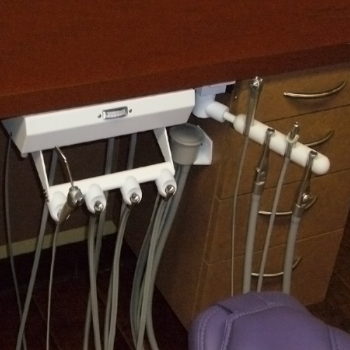 Dansereau Cabinet Mounted Delivery Units for dentists by Chicago's Dansreau equipment repair expert True Spin Dental